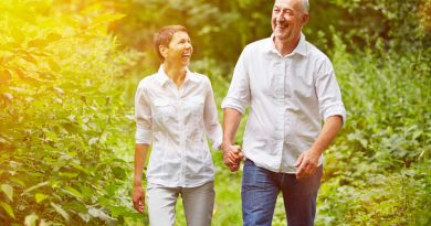 Walking versus Jogging: Which Is Best for Seniors? | Orange County Care