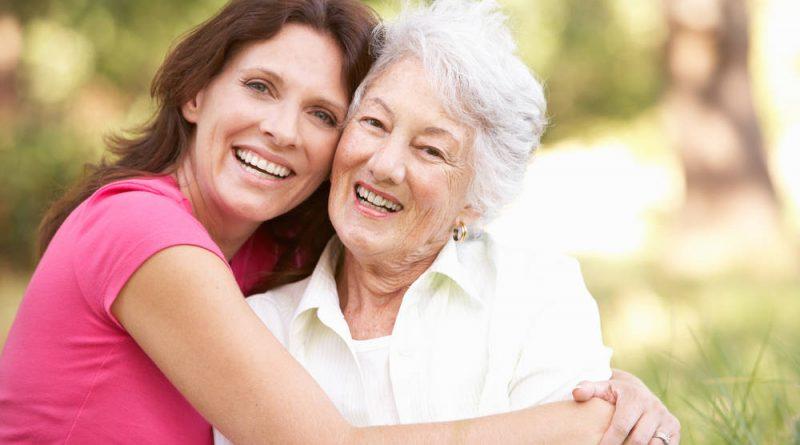 Facts Regarding Delusions Versus Hallucinations in Seniors & How to Treat Them