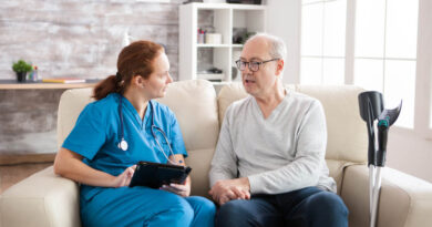 How Senior Care Communities & Facilities Reduce Falls & Trips to the ER